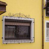 Fenstergitter Stahl mit Muster