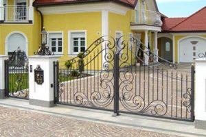 Geschmiedete Eingangstore, Garagentore, Einfahrtstore, Portale